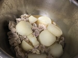 ホットクック 大根と豚バラ煮込み